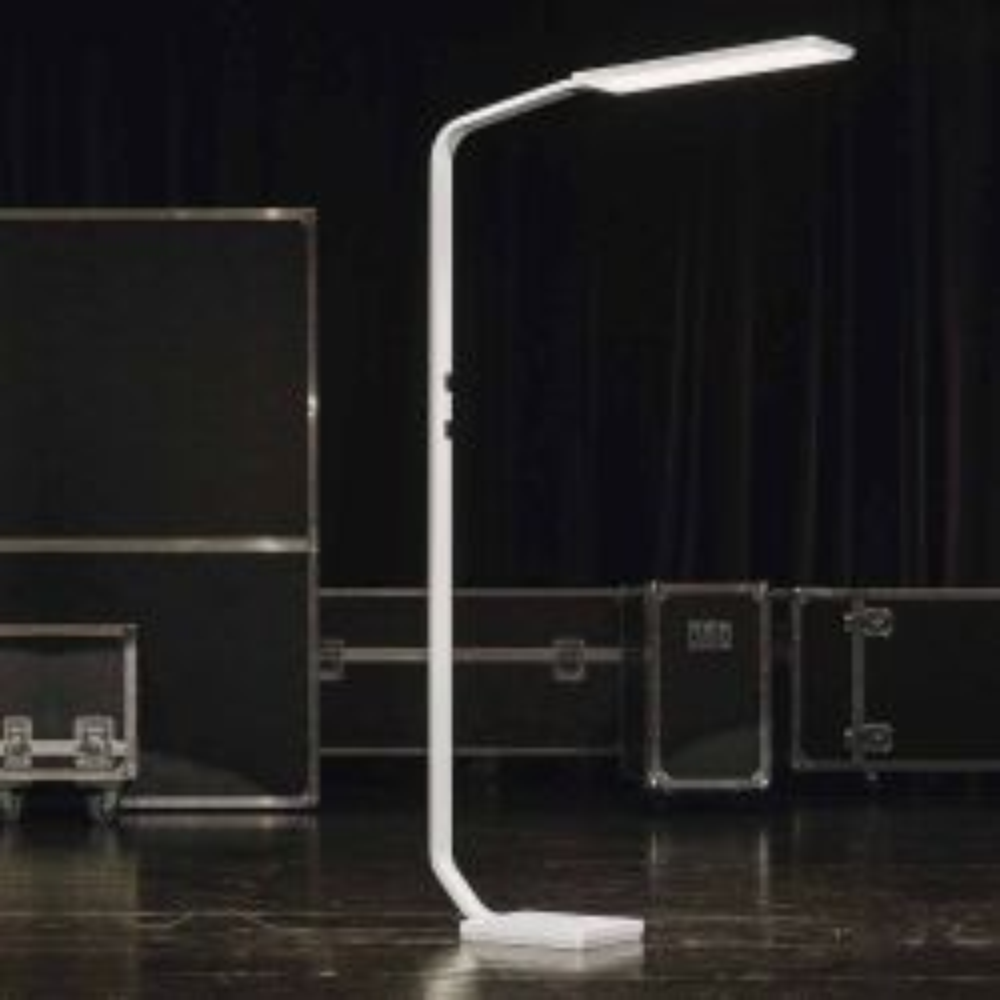 Nimbus Force One LED Stehleuchte neutralweiß