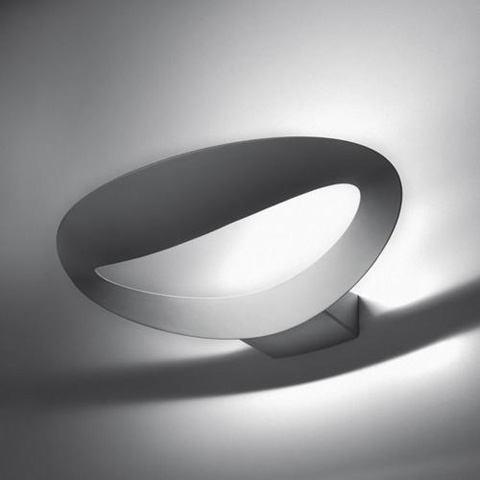 Mesmeri von Artemide - Wandleuchte in LED und Halogen